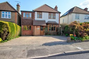 Shepherds Lane,Guildford,Surrey,GU2 9SN